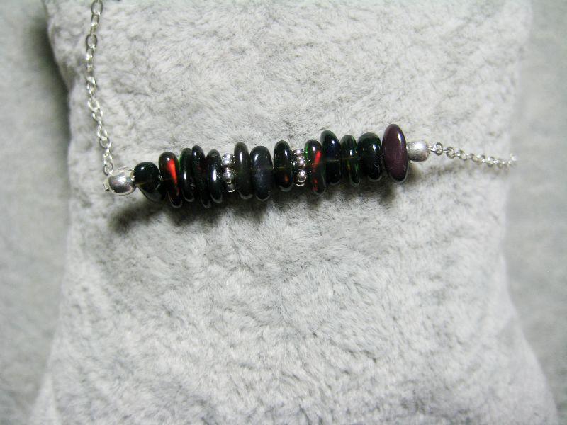 Kleinesbild - Opalkette, Opal Chips, Opal Splitter, Opal blau-schwarz, echter Opal, Welo Opal, 925 Silber, minimalistisch, Edelstein