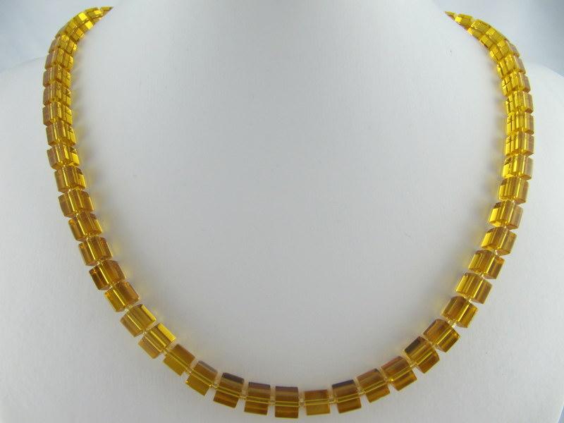 Kleinesbild - Kette Braun Würfel Glas (250)