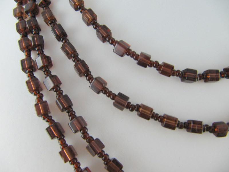 Kleinesbild - Lange Kette mit Glaswürfel Braun (385)