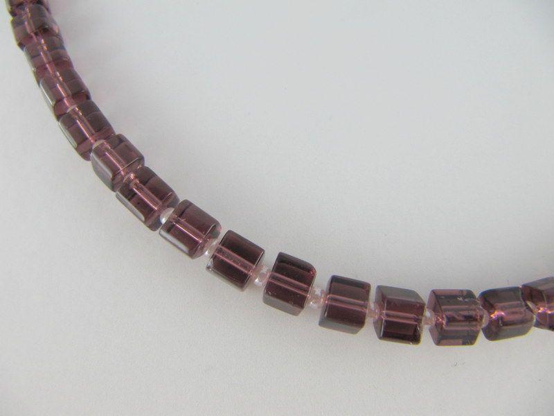 Kleinesbild - Kette Lila Würfel Glas Würfelkette Glaswürfel (331)