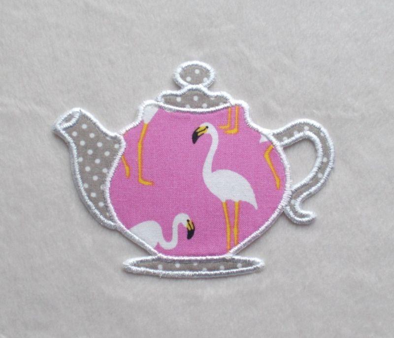 - Teekanne, Flamingo pink, Pünktchen, Stickapplikation          - Teekanne, Flamingo pink, Pünktchen, Stickapplikation