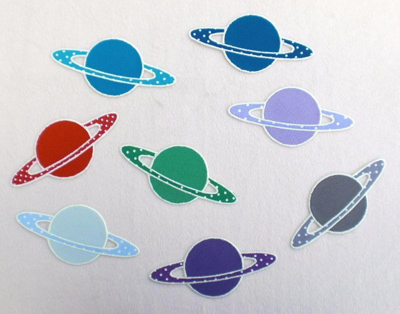 Kleinesbild - Planet, Pünktchen, türkisblau, leuchtet im Dunkeln, Stickapplikation zum Aufbügeln