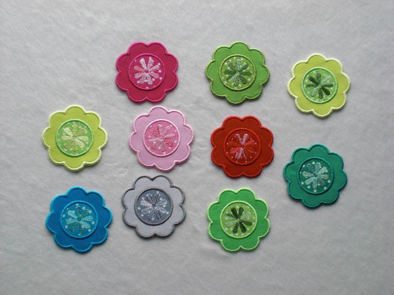 Kleinesbild - Blumen Nr.1, 3er Set, grasgrün, Stickapplikation zum Aufbügeln