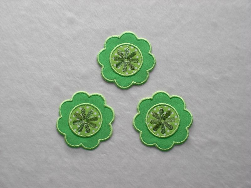 - Blumen Nr.1, 3er Set, leuchtendgrün, Stickapplikation zum Aufbügeln     - Blumen Nr.1, 3er Set, leuchtendgrün, Stickapplikation zum Aufbügeln