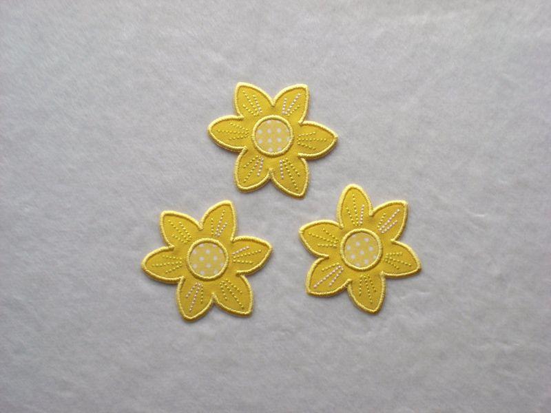 - Blumen Nr.2, 3er Set, gelb, Stickapplikation zum Aufbügeln        - Blumen Nr.2, 3er Set, gelb, Stickapplikation zum Aufbügeln