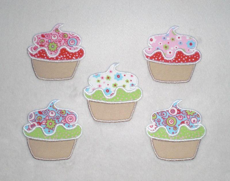Kleinesbild - Cupcake mit Blüten in türkis, Stickapplikation zum Aufbügeln