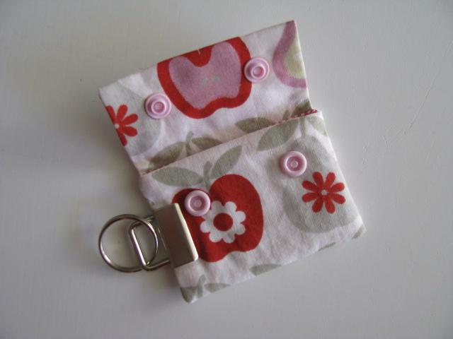 Kleinesbild - ♥ Mit Liebe genähter Schlüsselanhänger - Täschchen für Kotbeutel ♥