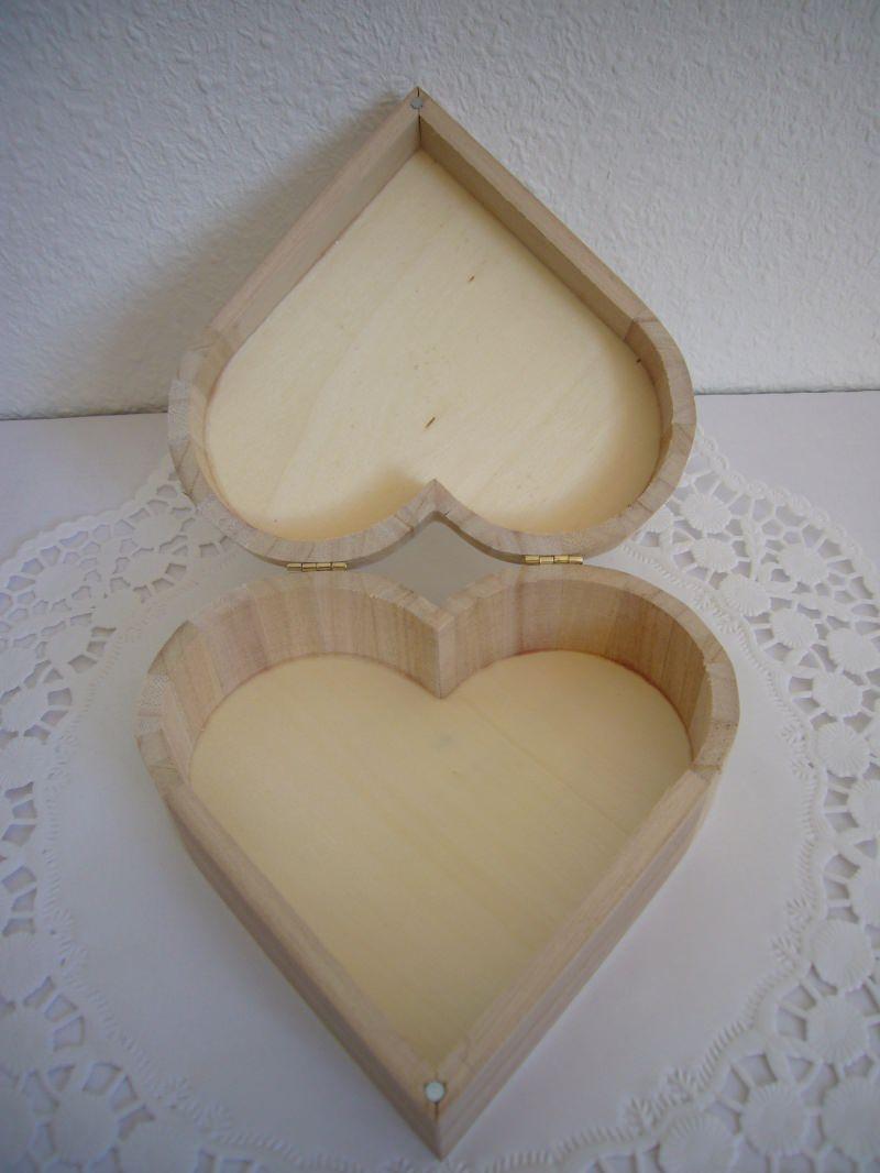 Kleinesbild - Geldgeschenk Hochzeit Herz Geschenkbox Schatulle