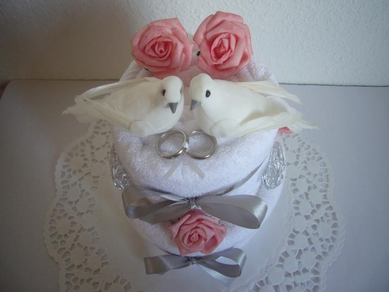 Kleinesbild - Hochzeitsgeschenk Tauben Herzen rosa Rosen Geschenk Hochzeit Standesamt