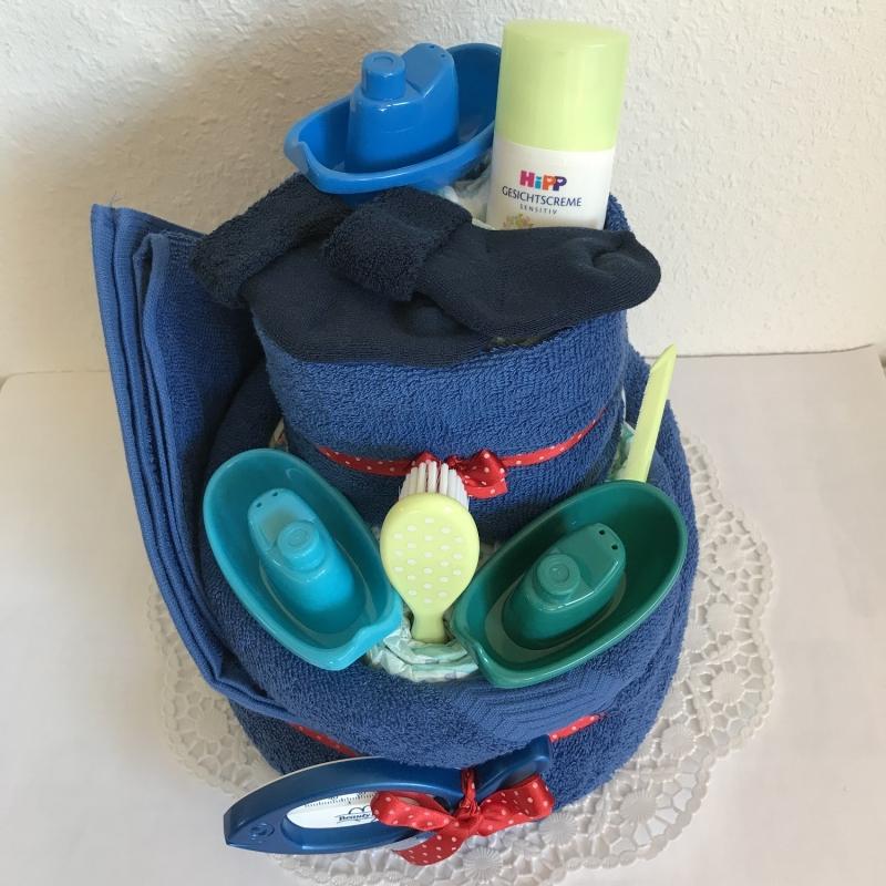 Kleinesbild - Windeltorte Junge Badespaß blau Punkte zum Baden Boot Schiff Geburt Taufe