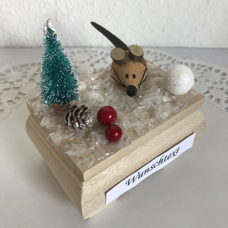 Kleinesbild - Geldgeschenk Weihnachten Nikolaus Geburtstag Ski fahren Weihnachts-Maus Geld verschenken Winterlandschaft Schnee