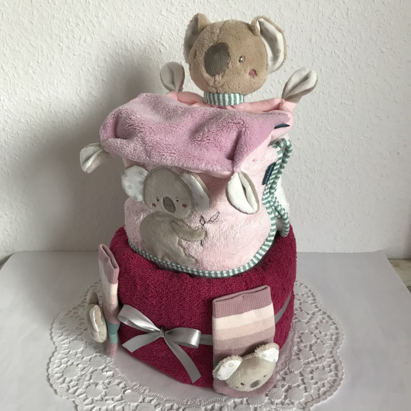 Kleinesbild - Koala Windeltorte Mädchen Geschenk Geburt Taufe Schmusetuch Lätzchen Rasselsöckchen lila flieder rosa