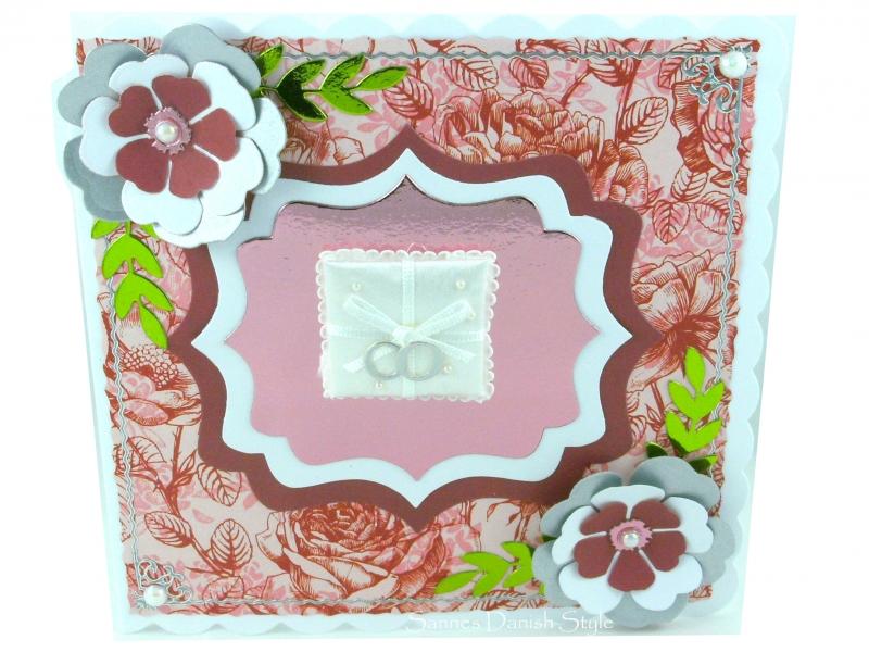 - Hochzeitskarte mit Ringkissen, Ringe und Blumen, ca 15 x 15 cm - Hochzeitskarte mit Ringkissen, Ringe und Blumen, ca 15 x 15 cm
