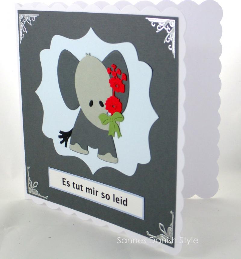 Kleinesbild - Grußkarte mit Elefanten, für Entschuldigungen, kleine traurige Elefant, Tut mir leid Grußkarte, mit Blumen, die Karte ist ca. 15 x 15 cm