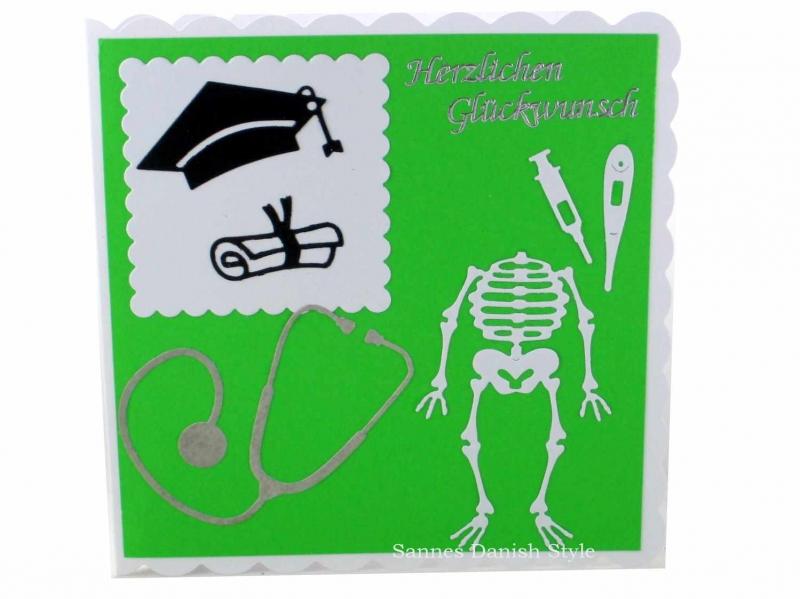 - Für Ärzte, schöne Grußkarte, Geburtstagskarte, Diplom, Mikroskop, Skelett, ca. 15 x 15 cm - Für Ärzte, schöne Grußkarte, Geburtstagskarte, Diplom, Mikroskop, Skelett, ca. 15 x 15 cm