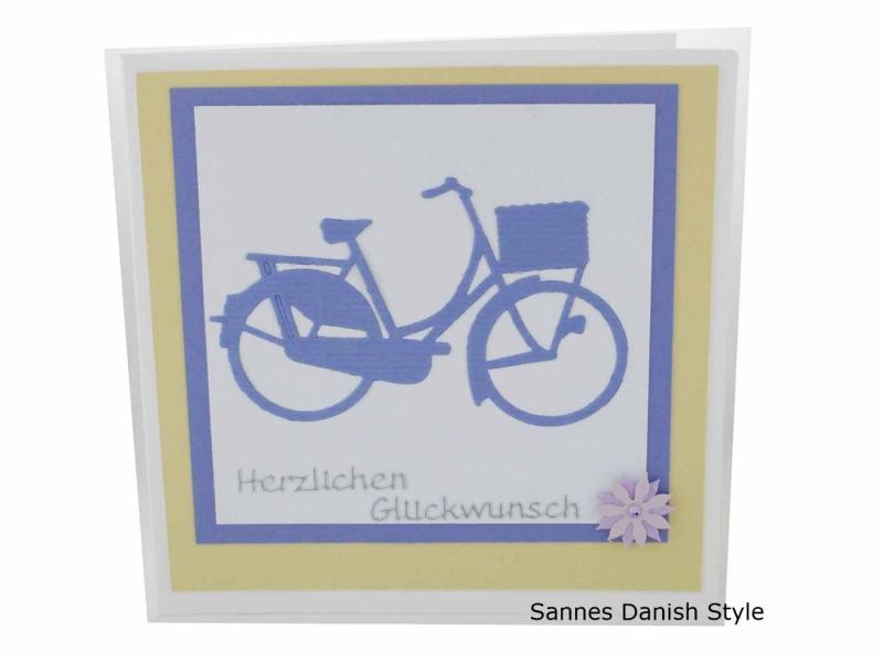- Grußkarte Fahrrad, Damenfahrrad in lila, harmonische Glückwunschkarte, die Karte ist ca. 13,5 x 13,5 cm - Grußkarte Fahrrad, Damenfahrrad in lila, harmonische Glückwunschkarte, die Karte ist ca. 13,5 x 13,5 cm