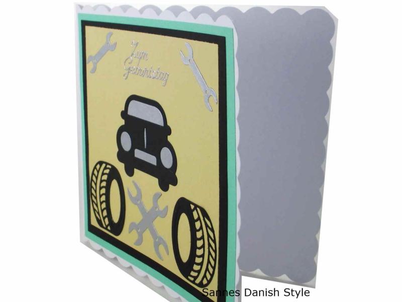Kleinesbild - Wagen / Auto Grußkarte für Autofahrer, 3D Geburtstagskarte, 3D Autokarten, Grußkarte mit Auto, Reifen und Werkzeug, die Karte ist ca. 15 x 15 cm