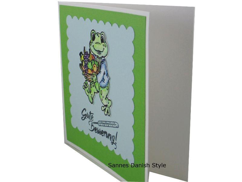 Kleinesbild - Grußkarte Gute Besserung, Gute Besserung, Frosch mit Obstkorb, Gute Besserungswünsche, die Karte ist 13,5 x 13,5 cm