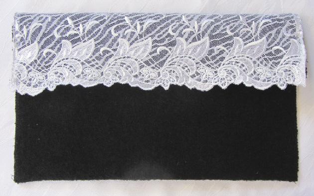 - Clutch entworfen und handgefertigt aus Walk- und Spitzenstoff in schwarz weiß kaufen - Clutch entworfen und handgefertigt aus Walk- und Spitzenstoff in schwarz weiß kaufen