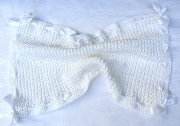- Gästehandtuch ♡ mit Satinband handgefertigt aus Baumwolle in Weiß kaufen - Gästehandtuch ♡ mit Satinband handgefertigt aus Baumwolle in Weiß kaufen