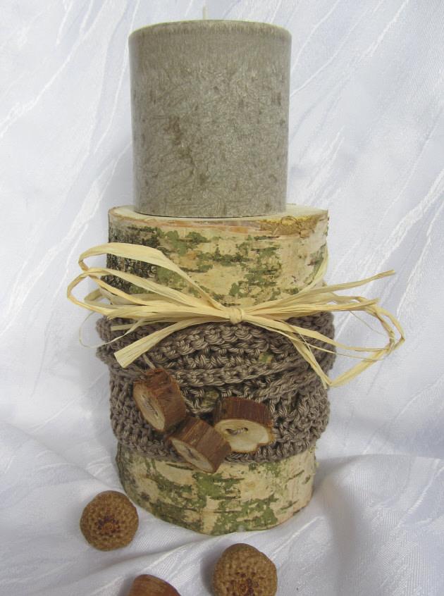 Kleinesbild - Kerzenständer ★ Birke ausgedacht handgemacht und dekoriert mit einer Manschette aus Baumwolle gehäkelt kaufen
