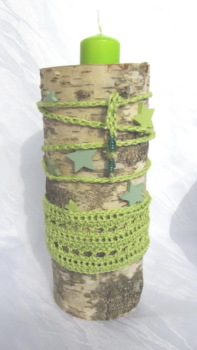 Kleinesbild - Kerzenständer ★ Dekorativer Birkenstamm handgemacht und dekoriert im Landhausstil kaufen