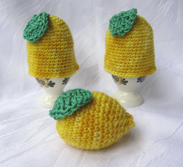 Kleinesbild - Eierwärmer im Zweierset handgehäkelt aus handgefärbter Wolle in gelb bestellen