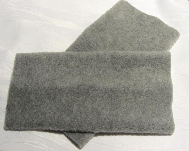 Kleinesbild - Stulpen Armstulpen zugeschnitten und genäht aus Fleecestoff in Grau kaufen