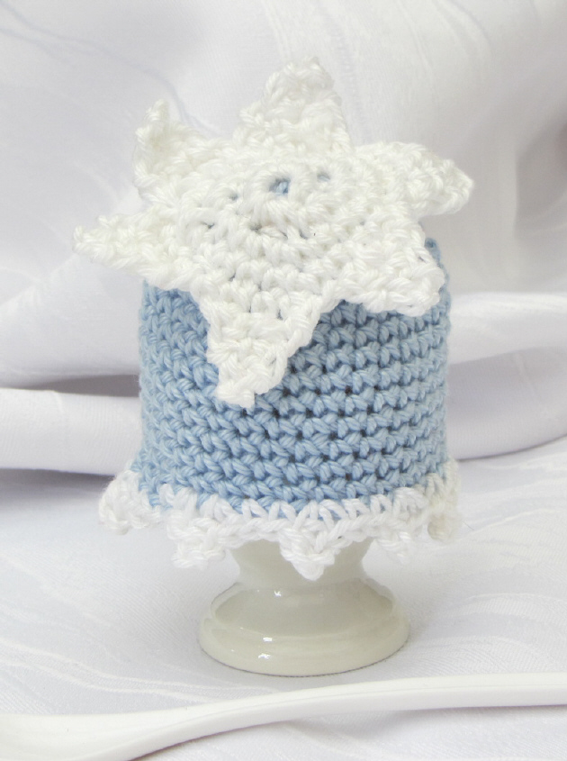 - Handgehäkelter Eierwärmer gehäkelt aus Baumwolle in Blau und Weiß kaufen - Handgehäkelter Eierwärmer gehäkelt aus Baumwolle in Blau und Weiß kaufen