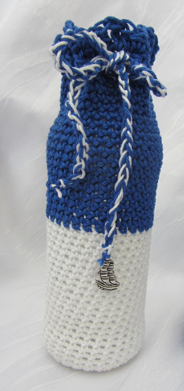 - Blumenvase ☀ handgehäkelt aus blauer und weißer Baumwolle im maritemen Kleid mit einem Anhänger kaufen - Blumenvase ☀ handgehäkelt aus blauer und weißer Baumwolle im maritemen Kleid mit einem Anhänger kaufen