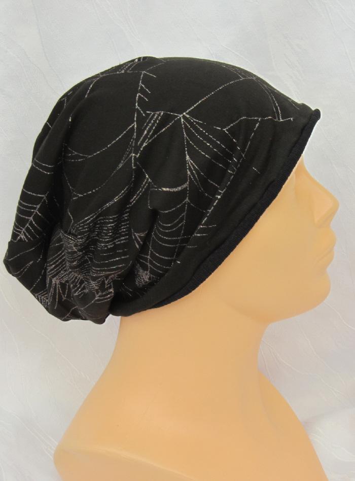 Kleinesbild - Handgefertigte Mütze ♡ Wendemütze ♡ Herren Damen mit Spinnennetzdruck genäht aus Baumwolljersey in schwarz mit Glitzereffekt kaufen