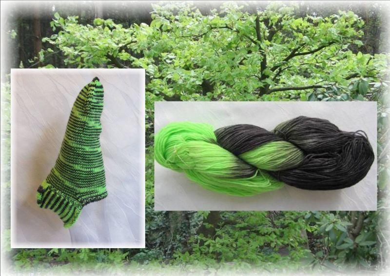 Kleinesbild - Handgestrickte kurze Socken Größe 41♡ aus handgefärbter Sockenwolle Maigrün und schwarz kaufen