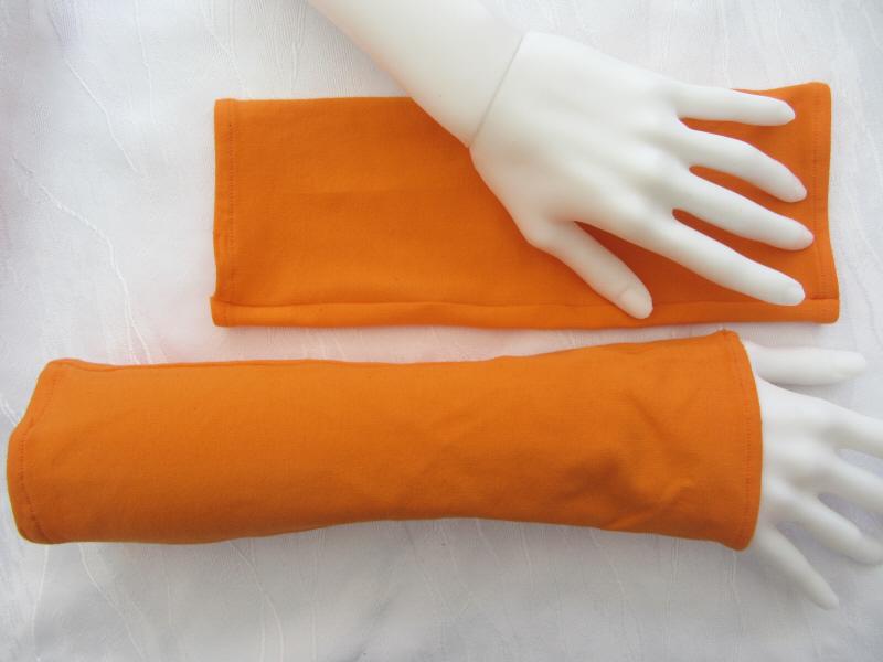 Kleinesbild - Handgefertigte Stulpen Armstulpen ♥ genäht aus elastischem Jerseystoff in Orange  kaufen
