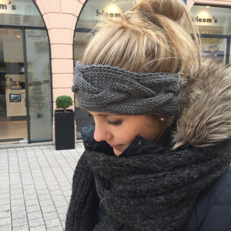 Kleinesbild - Stirnband * FEE * grau und andere Farben handgestrickt von zimtblüte /  Farbauswahl