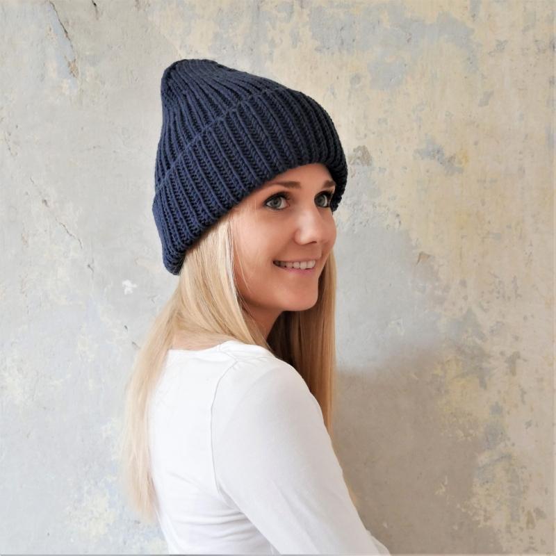 Kleinesbild - Beanie Mütze handgestrickt  * BASIC * dunkelblau Wollbeanie unisex von zimtblüte