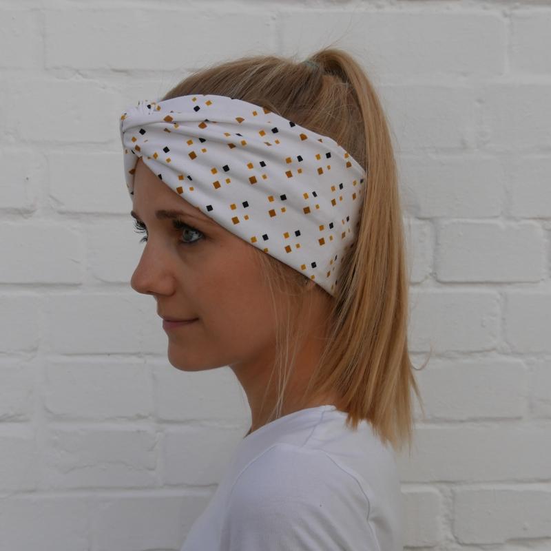 Kleinesbild - TurbanStirnband Modell RAUTE Handarbeit von zimtblüte  TurbanHaarband mit Twist kaufen