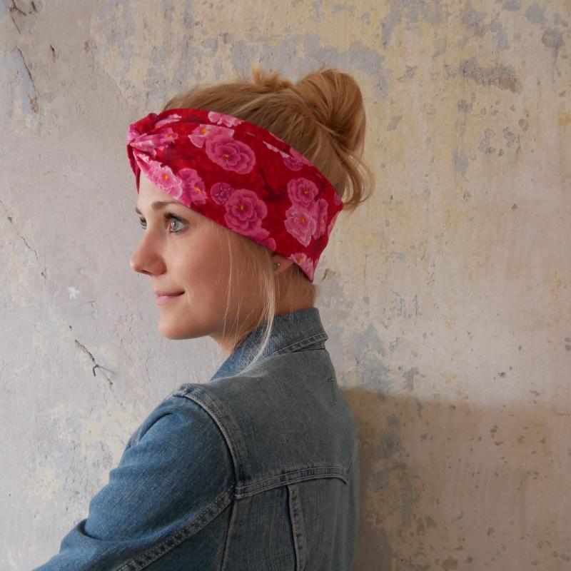 - Stirnband mit Twist  Modell ROSAROT handmade Turban Haarband mit Rosen von zimtbluete    - Stirnband mit Twist  Modell ROSAROT handmade Turban Haarband mit Rosen von zimtbluete