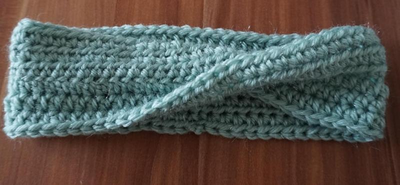 Kleinesbild - ♡ Stirnband Twist Glitzergrün one size ♡ amigoll9 ♡ Deko ♡ Handmade ♡