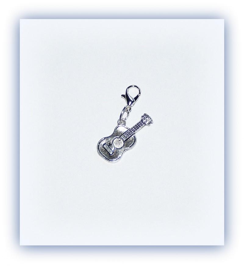 Kleinesbild - Charm Gitarre, Anhänger Musikinstrument