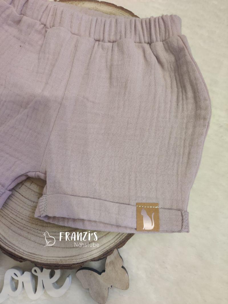 Kleinesbild - kurze Kinderhose aus Rosa Musselin Stoff in Größe 74-80 zu verkaufen