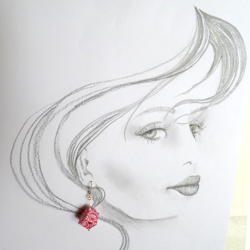 Kleinesbild - Ohrhänger Origami Würfel rosa rot weiss