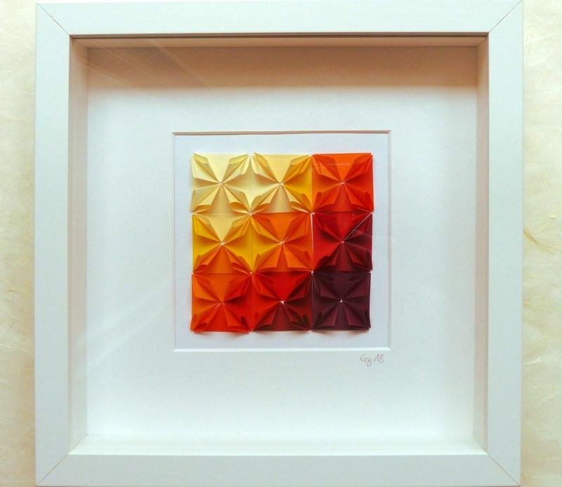 - 3D-Wallart Origami Rosetten im Rahmen  farbverlauf gelb-rot - 3D-Wallart Origami Rosetten im Rahmen  farbverlauf gelb-rot