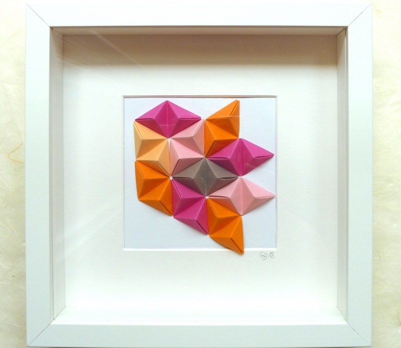 - 3D-Wallart Origami Tetraeder im Rahmen pink, orange, braun - 3D-Wallart Origami Tetraeder im Rahmen pink, orange, braun