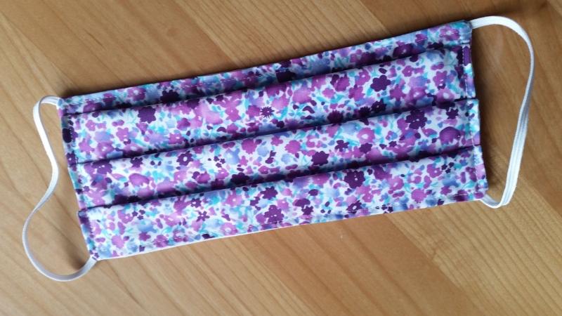 Kleinesbild - lila farbene Gesichtsmaske, doppellagig aus Baumwolle