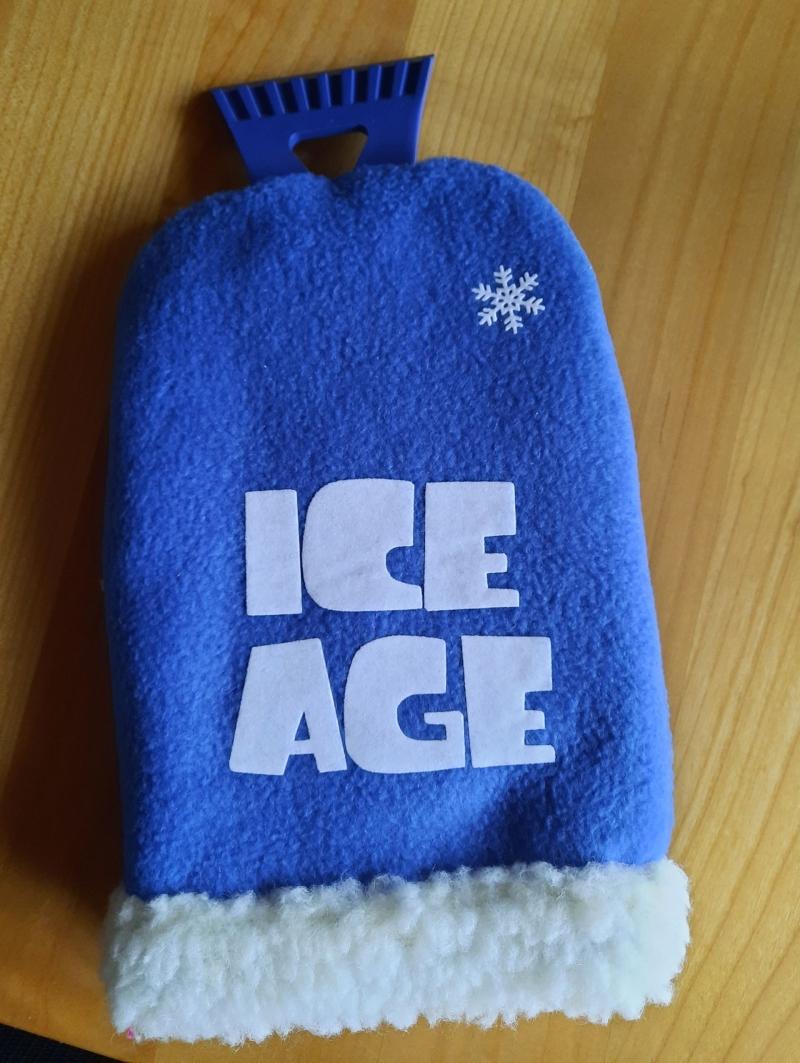 - Eiskratzerhandschuh mit dem englischen Wort Eiszeit - Eiskratzerhandschuh mit dem englischen Wort Eiszeit