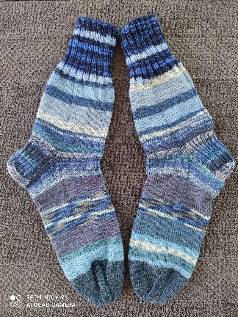 - Handgestrickte Wollsocken/-strümpfe, Größe 40/41 - Handgestrickte Wollsocken/-strümpfe, Größe 40/41
