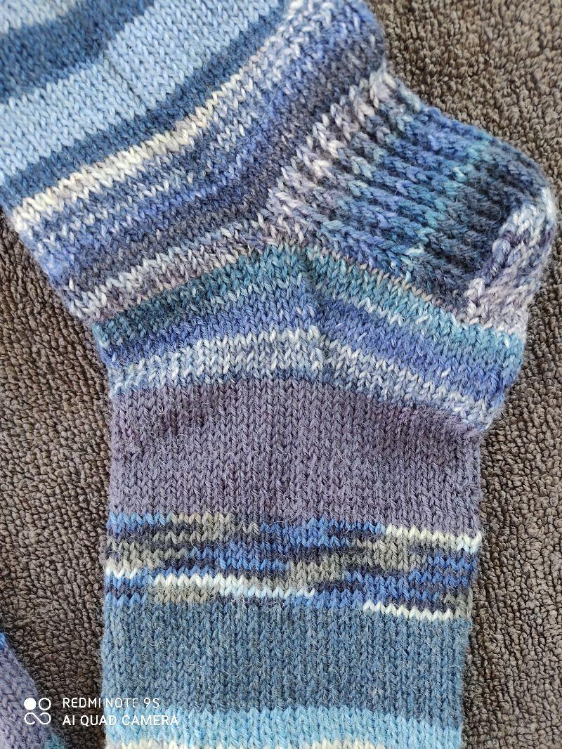 Kleinesbild - Handgestrickte Wollsocken/-strümpfe, Größe 40/41