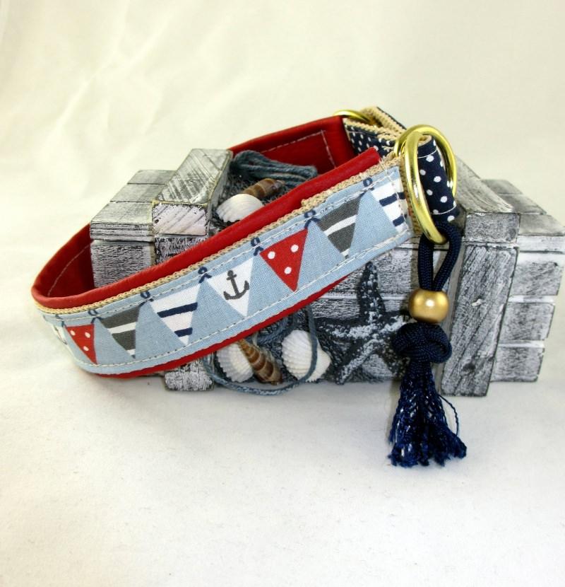 Kleinesbild - Hundehalsband Wimpelkette Halsband Hund maritim wahlweise  Zugstopp oder Klickverschluss Metall oder Kunststoff Verschluss gepolstert Polsterung aus Kunstleder