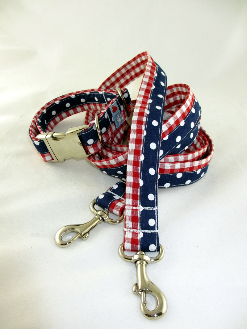 Kleinesbild - Hundehalsband Charmeur handgemacht maritim mit Klickverschluss Kunststoff oder Metall bei Palundu wahlweise Zugstopp Verschluss