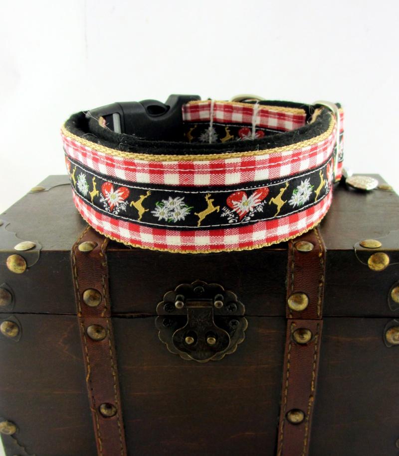 Kleinesbild - Hundehalsband Edelweiss Halsband Oktoberfest verstellbar wahlweise mit Klickverschluss Kunststoff oder Metall oder Zugstoppverschluss